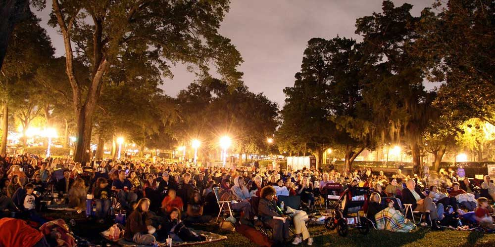 The Summer Tradition of Outdoor Movies in Los Angeles