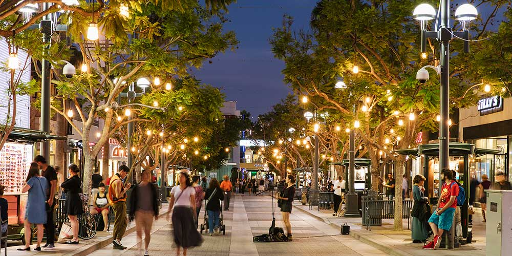 Third Street Promenade at night